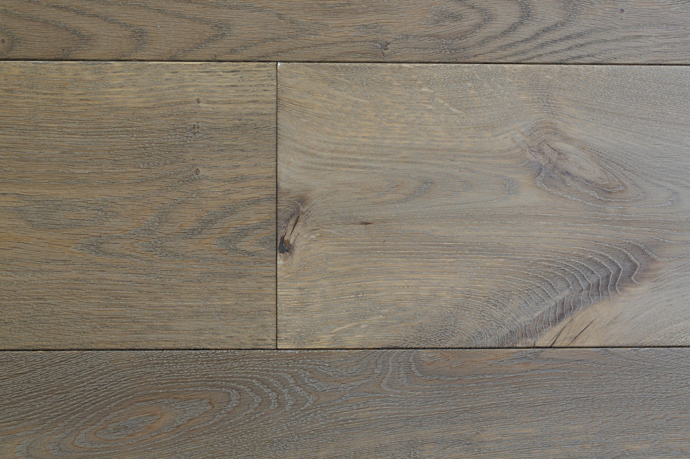 LU324 Bespoke finished European Oak