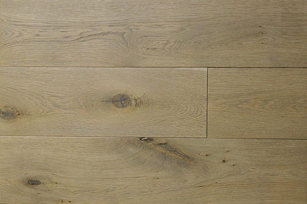 LU335 - Sevile Oak